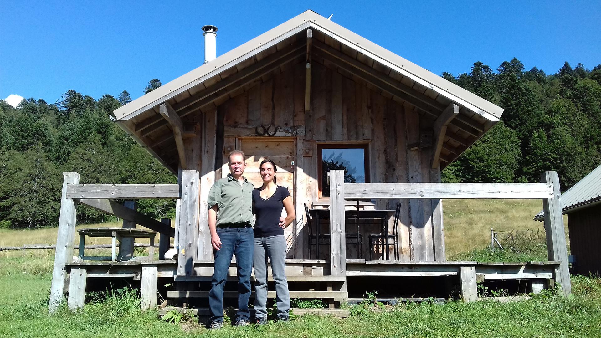 Les Chalets Nature Vercors - Location de chalets au coeur du parc naturel régional du Vercors - Vos hôtes: Valérie et Laurent Gonsolin